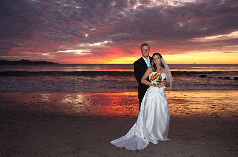 Bodas y recepciones en la playa - Margaritaville Beach Resort Playa Flamingo, Cost Rica