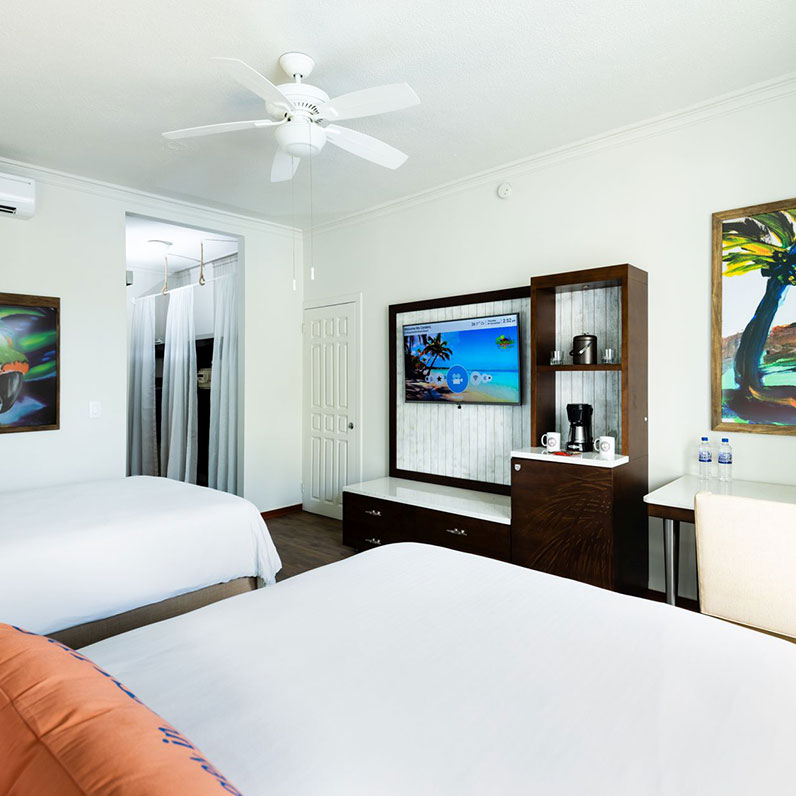Oceanside Playa Flamingo Accommodations & Suites