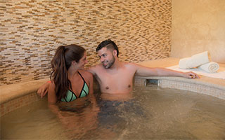 Costa Rica Hotel Romance Package