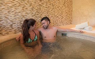 Costa Rica Hotel Romance Package