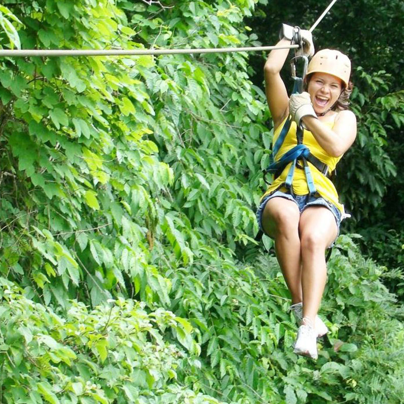 Enjoy Canopy tour nearby Costa Rica